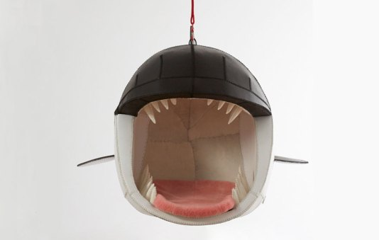 mouth-chairs-hanging-monstera-deliciosa-porky-hefer-14